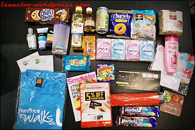What's in the Goodie Bags | The New Paper Big Walk on ... |Goodie Bag Items